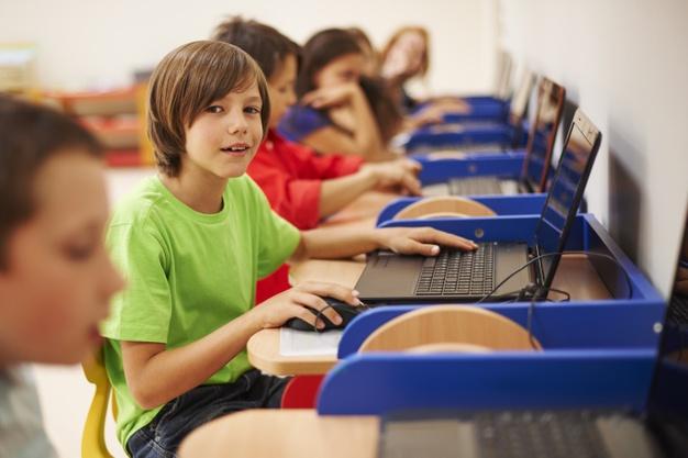 Μαθήματα υπολογιστών